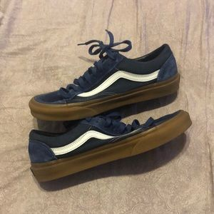 Vans blue suede low top size 10 women's